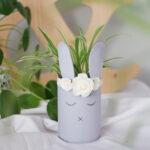 DIY Dosen Upcycling Osterhase Blumentopf