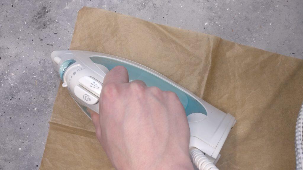 Bügelperlen bügeln bis sie miteinander verschmelzen