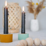 DIY geriffelte Kerzenständer aus Beton