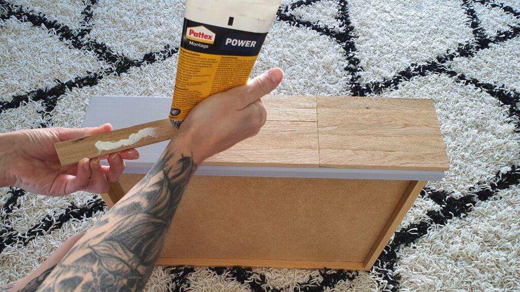 Upcycling Kommode Schritt 6: Das Holz aufkleben