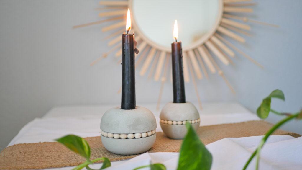 DIY Beton Kerzenständer Kugel mit Holzperlen im Skandi Stil