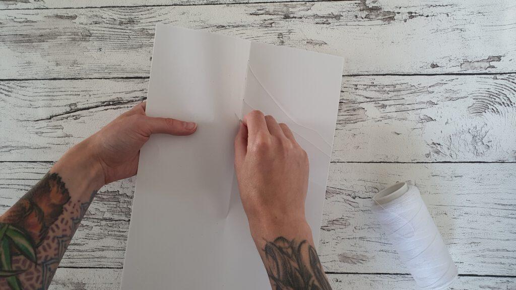 Upcycling Notizheft Schritt 1: Papier vernähen