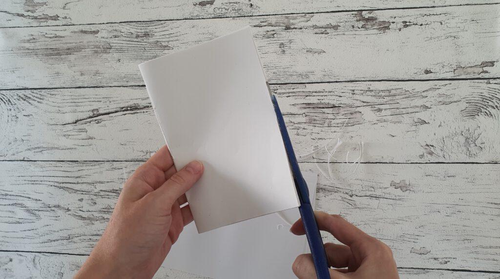 DIY Stoffreste Notizbuch Schritt 2: Papier zuschneiden