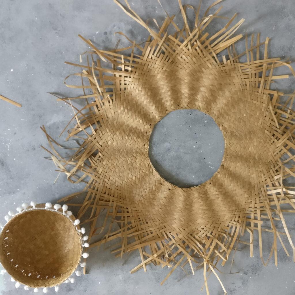 DIY Boho Spiegel Schritt 1: Inneren Teil des Hutes abschneiden