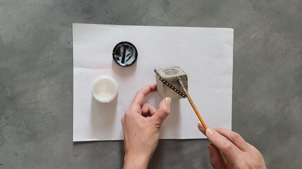 Kupfer Kerzenständer Bastelanleitung Schritt 5: Anlegemilch auftragen