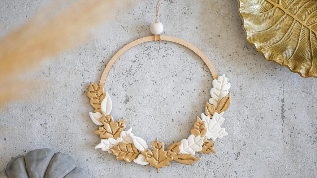 DIY Türkranz Herbstdeko in gold und weiß